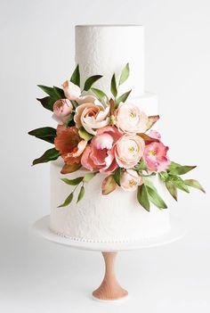 pretty wedding cake wedding cake gallery, un Pretty Wedding Cakes, Floral Wedding Cakes, Wedding Cakes With Flowers, Wedding Cake Designs, Pretty Cakes, Beautiful Cakes, Modern Wedding Cakes, Lace Wedding, Wedding Cake Decorations