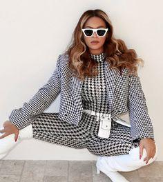 Grillz, Beyonce Coachella, Hip Hop, Concert Looks, Love Fashion, Fashion Outfits, Fashion Check, Beyonce Knowles Carter, Beyonce Style