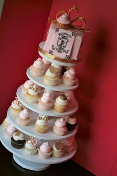 1000+ images about Juicy couture cupcakes on Pinterest | Juicy couture ...