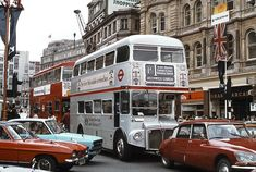 Silver Jubilee Routemaster Bus makes its way towards Trafalgar Square, 1977 London Now, London Life, Old London, London Places, Citroen Ds, Highgate Cemetery, London Architecture, Gothic Architecture, Ancient Architecture
