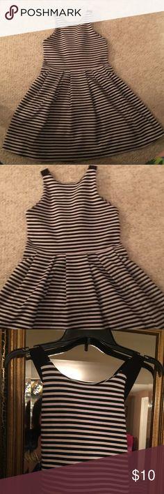 Size med black and white sundress Size med black and white sundress Dresses Mini