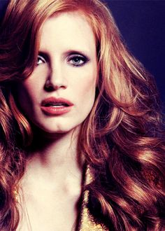 mooi rood is niet lelijk ♥ Red hair - Jessica Chastain Beautiful Eyes, Gorgeous Women, Beautiful People, Jessica Chastain, Strawberry Blonde, Actors, Famous Faces, Her Hair, Wavy Hair