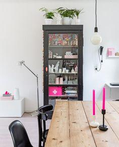 Hk living kast zwart of wit bij wonenmetlef.nl eur 649,00 erg mooi