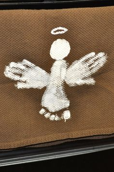 Christmas Crafts, Snacks, & Activities for Kids - good ideas, but love the angel on the burlap pictured.