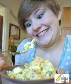 Cauliflower Potato Salad recipe is a great recipe to make traditional potato salad in a healthier way with no sacrafice for flavor. Cauliflower Potatoes, Cauliflower Salad, Cauliflower Recipes, Salad Recipes With Bacon, Bacon Recipes, Veggie Recipes, Raw Vegan Recipes, Vegetarian Recipes, Cooking Recipes