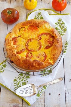 Heirloom Tomato and Cheddar Pie / Patty's Food