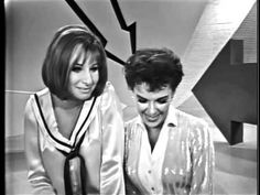 JUDY GARLAND AND BARBRA STREISAND - Happy Days Are Here Again....LIVE!!  1963 .. This is wonderful...such powerhouse singers and entertainers!