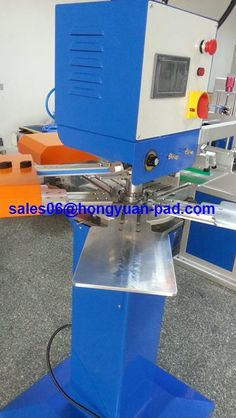 one color silk screen printing machine for sock manual/semi auto/full automatic model and 1/2/3 color for cilents choosing.