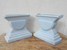 French Art Deco pair of vases, Sarreguemines mantelpiece ornaments, light blue gray geometric urns or indoors planters. French antique decor