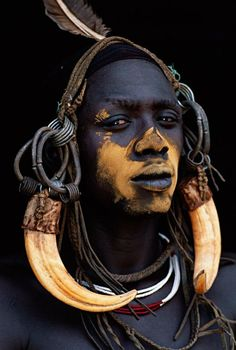 Portrait from around the world featuring traditional tribal dress. African Tribes, African Men, African Beauty, African Attire, African Style, African Dress, People Around The World, Around The Worlds, Tribal People