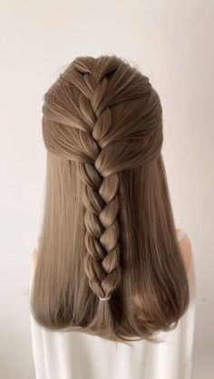 As we know, hairstyle plays an important role in everyday life, gorgeous, romantic but easy simple h Work Hairstyles, Easy Hairstyles For Long Hair, Braids For Long Hair, Pretty Hairstyles, Popular Hairstyles, Easy Simple Hair Styles, Simple Hairstyle For Party, Simple Hairstyle Video, Simple Hairstyles For School