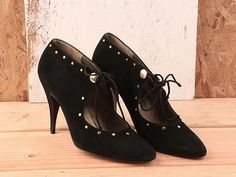OMG I would kill for shoes like these...