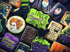 While I'm preparing the Halloween ordering options for this year, take a peek at the sets that were created for Ordering opti. Halloween Baking, Baby Halloween, Halloween Treats, Halloween Recipe, Halloween Town, Fall Cookies, Cute Cookies, Fancy Sugar Cookies, Bachelorette Party Cookies