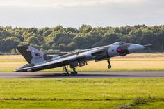 The Vulcan slows on the runway after landing.  See the rest of my aviation images in full size by clicking on the thumbnail.  They are also available to buy in a variety for formats or as a digital download without the watermark. #vulcan #xh558
