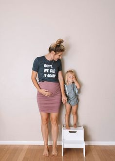 Pregnant Belly 16 Weeks -- Funny Pregnancy Shirts -- The Overwhelmed Mommy Bl. Funny Pregnancy Shirts, Pregnancy Humor, Pregnancy Outfits, Pregnancy Photos, 13 Weeks Pregnant Belly, Belly Photos, Second Pregnancy, 16 Weeks, Baby Kids Clothes