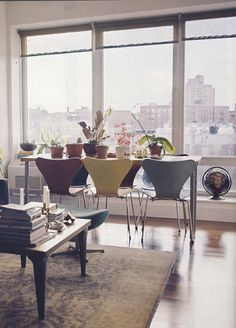 """At Home with Jen Mankins (via Brooklyn Magazine)  """"Buy What you love, then it all goes together."""""""