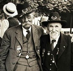 2 Civil War veterans at the 50th anniversary celebration of the battle of Gettysburg which started on Julu 1, 1863. One fought for the Confederacy and one for the Union. The celebration was held in Gettysburg, PA.