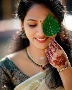 Wedding Couple Poses Photography, Girl Photography Poses, Classic Photography, Indian Photography, Beautiful Girl Facebook, Beautiful Girl Photo, Best Photo Poses, Girl Photo Poses, Girl Pictures
