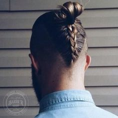 40 Ultimate Hipster Hairstyles Men Should Definitely Try In 2018 Hipster Hairstyles Men, Mohawk Hairstyles Men, Haircuts For Men, Braided Hairstyles, Braided Mohawk, Hairstyle Man, Braided Man Bun, Bun Braid, Long Hair Mohawk