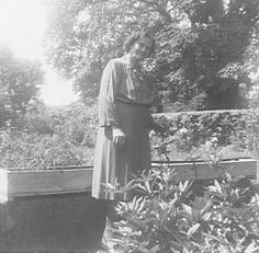 Posted By: Sharon Statler Date Posted: Jan 24, 2004 Description: My Beautiful Great Grandma Maude Harris in her flower garden behind the house I loved. Place Taken: Richmond, Wayne Co., IN Owner: Sherrie Statler