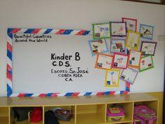Celebrando el Día de las Naciones Unidas. Un sobre viajero, los sellos postales fueron hechos por cada niño,copiando una foto, son símbolos representativos de su país de origen. KB 2010