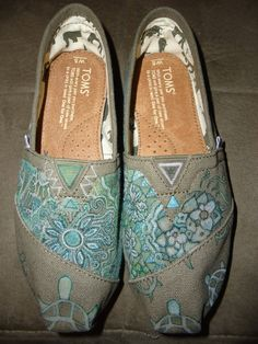 Toms (Green/Olive) Shoes. $95.00 USD, via Etsy.