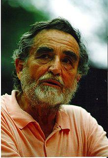 """Vittorio Gassman, nato Gassmann (Struppa, 1922 – Roma, 2000) - attore, regista, sceneggiatore e scrittore italiano - Soprannominato """"il Mattatore""""  , è considerato uno dei migliori e più rappresentativi attori italiani, ricordato per l'assoluta professionalità, per la versatilità e il magnetismo. Artista con profonde radici nel mondo del te"""