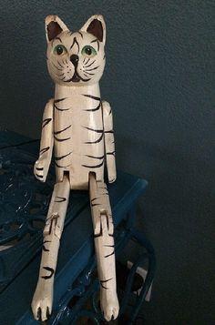 Gato de madera de la vendimia Estante Sitter, articulado Juntos, Blanco y Negro gatito Decoración, Madera Tallada