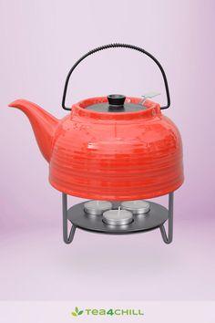Praktische Teekanne oder Teekanne mit 3 flammigen Stövchen Kettle, Kitchen Appliances, Tea Pots, Cuppa Tea, Stainless Steel, Red, Diy Kitchen Appliances, Tea Pot, Home Appliances