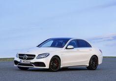 Седан и универсал Mercedes-Benz C63 AMG - фото - LiveCars.Ru