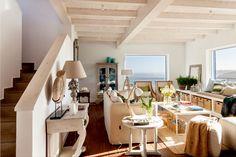 SALÓN · REFORMA Y DECORACIÓN VIZCAYA, NATALIA ZUBIZARRETA INTERIORISMO. Aprovechando la estructura del edificio, creamos la distribución de la casa, la cubierta, los forjados y le dimos a la vivienda terrazas y un porche desde el que disfruta de unas magníficas vistas al mar. Se trata de una reforma integral realizada en Tazones, Asturias, que hizo que nos trasladáramos para ofrecer un servicio de interiorismo completo, a distancia. Interior Decorating, Interior Design, House Design, Architecture, Luxury, Decor Ideas, Houses, Exterior, Vacation