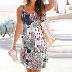 Stylish beach dress featuring a cool paisley pattern and round neckline with a small opening. 40 cm in) Beach Wear Dresses, Casual Dresses, Short Dresses, Casual Outfits, Sun Dresses, Summer Dresses, Womens Clothing Stores, Clothes For Women, Skirt Fashion