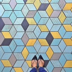 Today we're getting new flooring installed I wish we had  to make it look like THIS! | Pic from @trinnadeleon PS those shoes are amazing. #ihavethisthingwithfloors . . . . . . #tileaddiction #pattern #patternonpattern #patternobsessed #designinspiration #colorpaletteinspiration #patterninspiration #designisinthedetails
