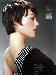 growing out pixie cut stages - Bing Images Growing Out Pixie Cut, Grown Out Pixie, Short Hair Cuts, Short Hair Styles, Chocolate Hair, Hair Laid, My Hairstyle, Grow Out, Pixie Hairstyles