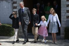 Pkingphilippepictures:  Prince Aymeric and Prince Nicolas of Belgium celebrated their first communion, April 28, 2014-King Philippe and his children (the twins' uncle and first cousins) attended-Prince Gabriel, King Philippe, Prince Emmanuel, Princess Éléonore, Princess Elisabeth