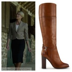 Claire Underwood (Robin Wright) wears these tan buckle boots in this episode of House of Cards. They are the Ralph Lauren Hazel Boots. [...]