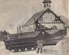 2 April Argentine Invasion of Falkland Islands. Here an armored from Argentinian Marines. South Georgia Island, Falklands War, British Army, Cold War, Military History, Marines, Military Vehicles, Battle, Sailors