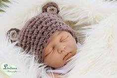 Babymütze in hellbraun mit Bärenohren
