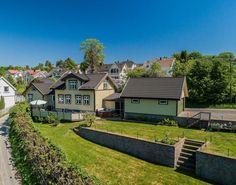 (5) BORGESTAD - SKIEN Meget velholdt og pen enebolig med 5 soverom, 2 bad - stor usjenert vestvendt terrasse med lysthus og boblebad - stor dobbelgarasje - solrikt og utsikt   FINN.no