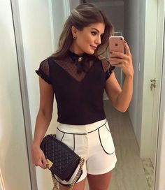 {P&B de @artsyoficial } Muito amor pela blusa princess ❤ • #ootn #lookdanoite #selfie #blogtrendalert