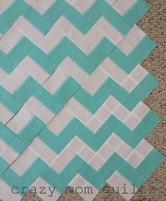 Crazy mom quilts with no triangles...now that's what I'm TALKIN' about! ;)