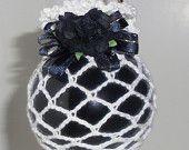 Chrstmas Ornament, Victorian Christmas Ornament, Crochet Christmas Ornament, Gold Ornament. $6.00, via Etsy.