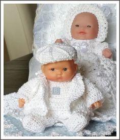 Crochet Doll Dress, Crochet Doll Clothes, Doll Clothes Patterns, Doll Patterns, Knit Patterns, Clothing Patterns, Crochet Hats, 5 Babies, Baby Doll Clothes