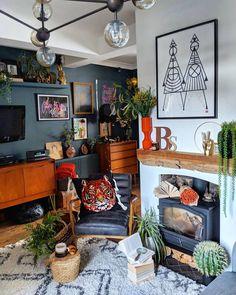 Przytulne wnętrze z intensywnymi akcentami Chicago Apartment, Apartment Ideas, Ikea, Gallery Wall, Living Room, Interior Design, Cool Stuff, Frame, House