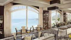Dine amid glittering views of the Pacific at The Ritz-Carlton, Laguna Niguel