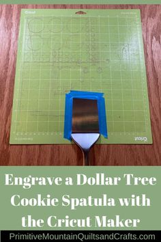 cricut hacks I saw an engraved spatula and just knew I had to try that! Let me show you how I engrave a dollar tree cookie spatula with the Cricut Maker. Cricut Craft Room, Cricut Vinyl, Circuit Projects, Vinyl Projects, Cricut Projects Christmas, Circuit Crafts, Handmade Home, Potpourri, Dollar Tree Cricut