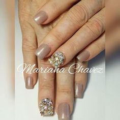 #marianachavezuñas #culiacan #nailsfactory #nailsforever #cuccio #gelish #nailsfactory #nailsforever #swarovskinails #cutenails