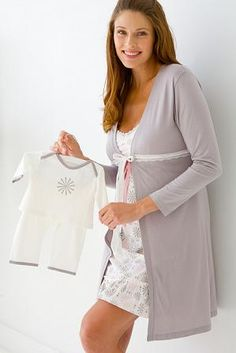 We offer a coordinating baby pant set that is adorable on both girls and boys.  This is a great gift for the mom to be that decides to keep the gender a surprise until the birth.  http://yourdoulasite.squarespace.com/yourbirthbag/