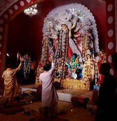 Durga Puja-Hindu religious festival Bhagavata Purana, Kali Goddess, Buddha Meditation, Durga Maa, Hinduism, Incredible India, Deities, In This World, Lion Sculpture