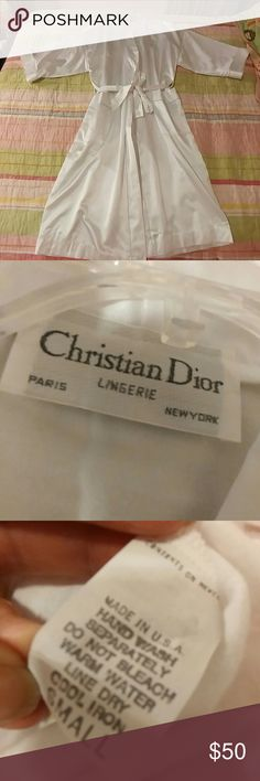 """Christian Dior vintage white kimono robe Christian Dior vintage white kimono robe, 80% polyester 20% cotton is elegant satiny fabric on the outside and cozy flannel-ish lining.  """"Dior"""" embroidered on the breast, two pockets and belted.  Tagged small but at 24"""" armpit to armpit, this will fit most sizes.  Excellent condition, no flaws.  Rare, exclusive vintage lingerie. Christian Dior Intimates & Sleepwear Robes"""